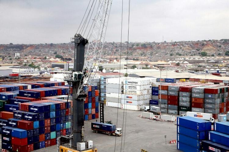 Angola importou menos 31% de alimentos