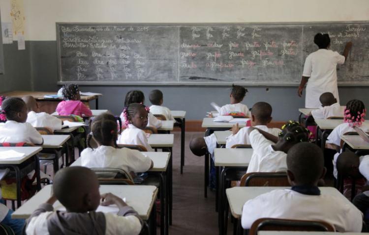 MED determina comparência de 50% dos professores nas escolas