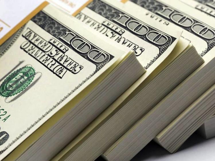 Angola com saldo negativo de 262 mil milhões USD...