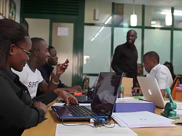 Companhias 'caçam' empreendedores digitais em Angola