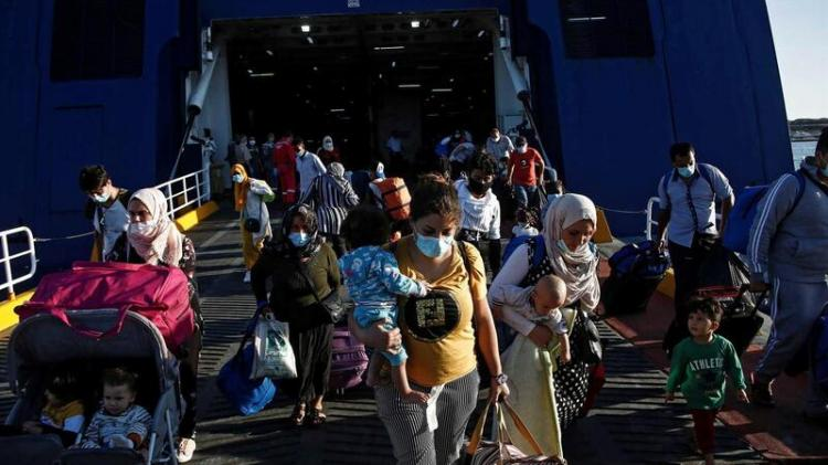 Covid-19 bloqueou 2 a 3 milhões de pessoas nas fronteiras