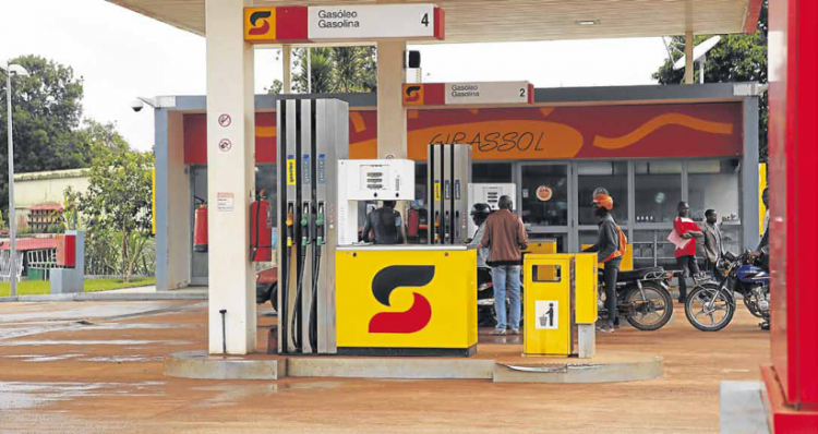 Sonangol anuncia fim de subsídios aos combustíveis
