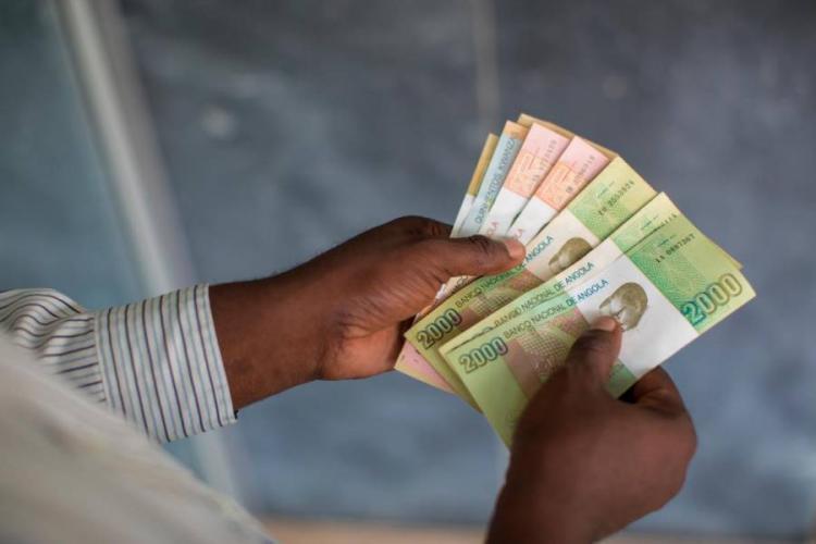 IVA contribui com 300 mil milhões de kwanzas
