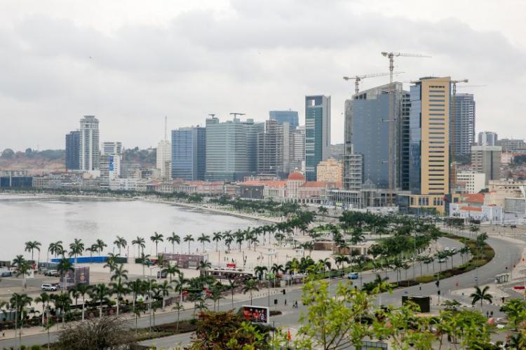 Suspensão da dívida ajuda Angola mas é preciso mais para evitar 'default'