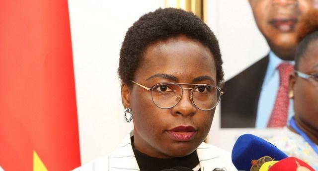 Vera Daves diz que principais prioridades de Angola são a saúde e a dívida