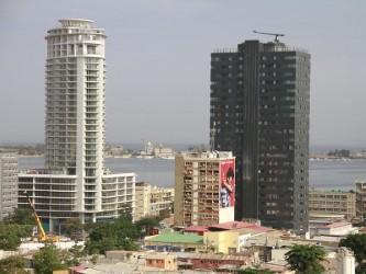 Mercado imobiliário cai mais de 40% este ano