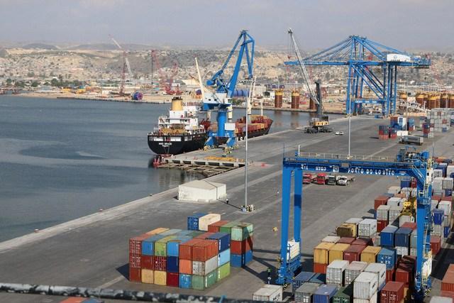 Governo entrega gestão de Terminal Multiusos de Luanda à DP World