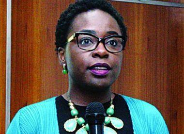 Vera Daves admite recuar nas subvenções caso