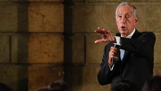 Marcelo junta-se a lista de políticos infectados