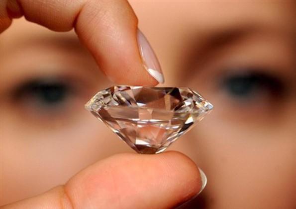 Obras do Pólo diamantífero terminam em Julho