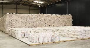 Comércio regista excedentes de farinha de trigo e milho