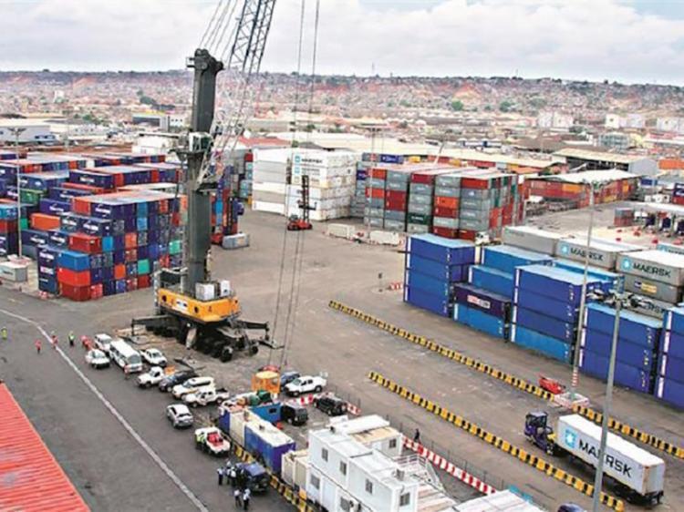 Importações marítimas aumentam 25%