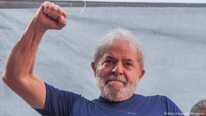 Justiça brasileira anula condenações judiciais de ex-PR Lula da Silva