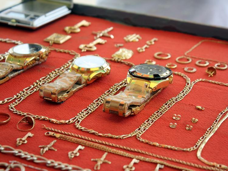 O lucrativo negócio do ouro no mercado informal