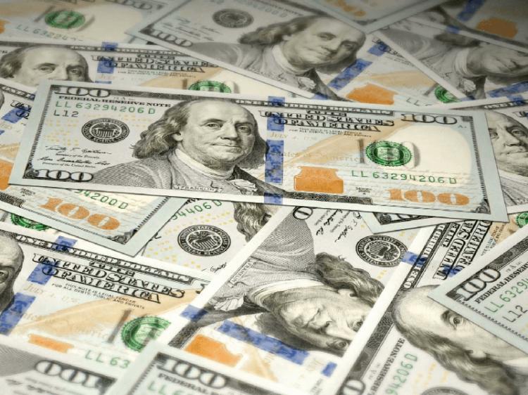 Bilionários facturam 4 biliões USD durante pandemia
