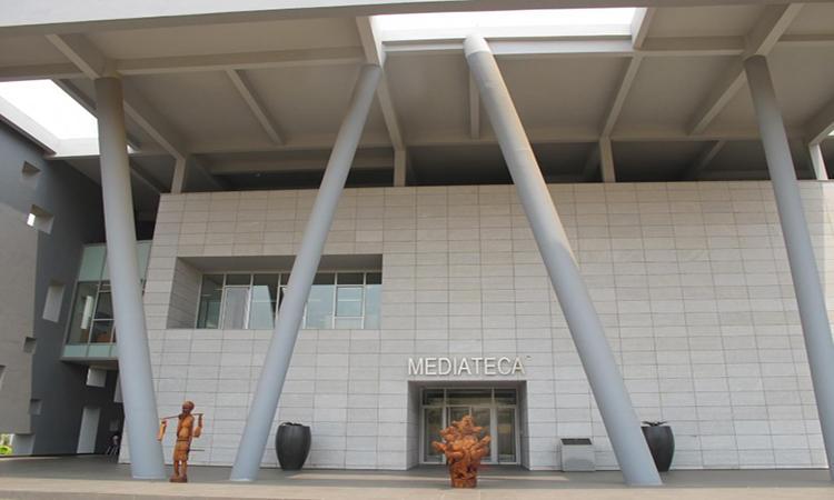 Dívida de mais de 2 mil milhões pendura expansão de Mediatecas