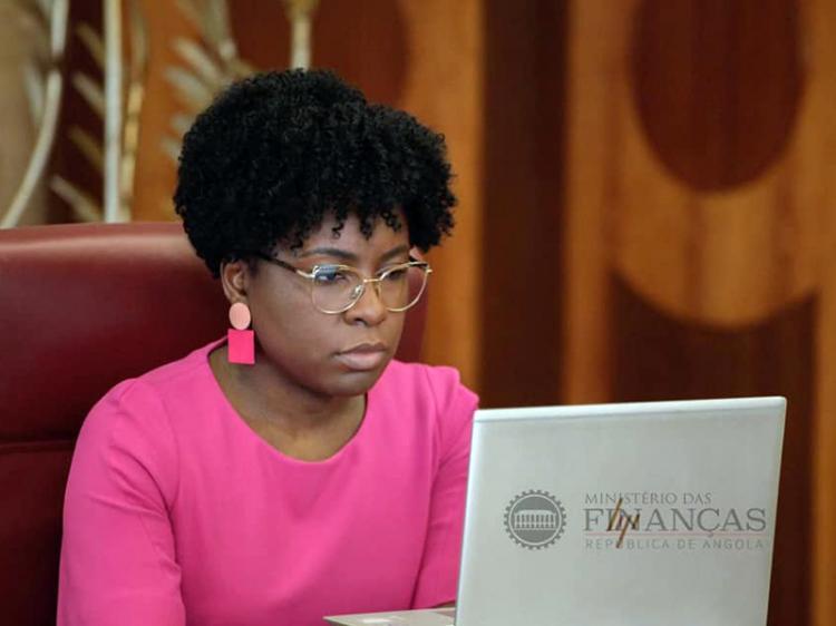 Angola com saldo negativo de 514 mil milhões kz no negócio de títulos