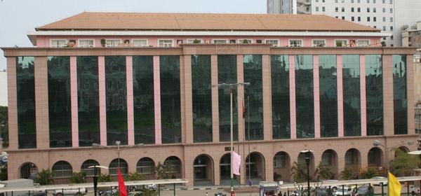 Governo pede moratória da dívida bilateral
