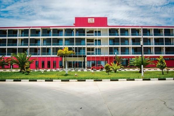 Prazo para concorrer à privatizaçao de hotéis do Infotur prolongado