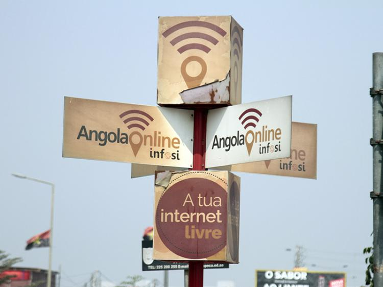 Projecto Angola Online quase sempre em offline