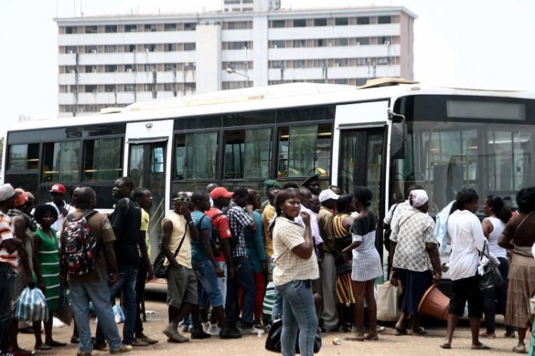 Ministério dos Transportes exige suspensão dos aumentos dos preços interprovinciais