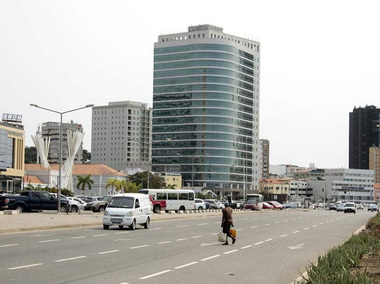 Angola a caminho da sexta recessão económica