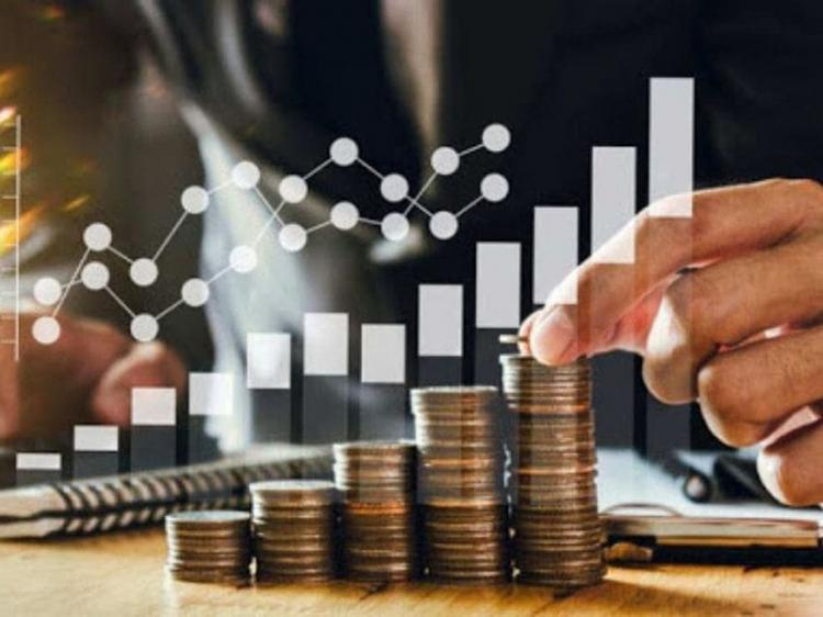 Produto Interno Bruto cai 2,4%